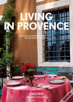 Wook.pt - Living In Provence