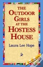 Outdoor Girls At The Hostess House