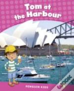 Penguin Kids 2 Tom At The Harbour Reader Clil